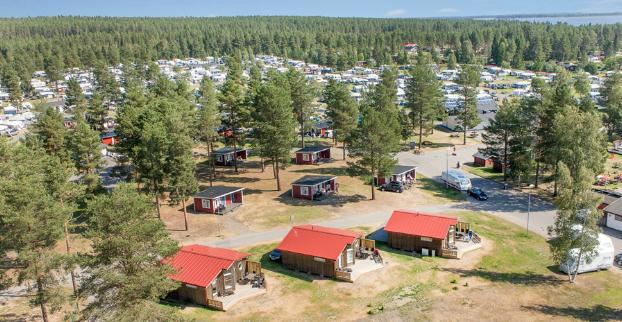 Semestra i en campingsstuga i Västerbotten