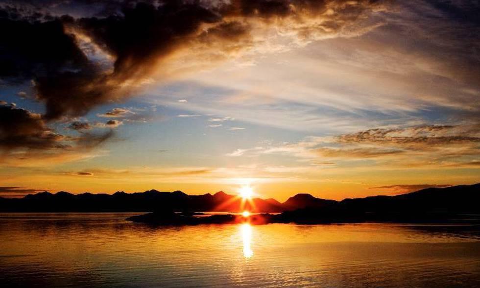Hyr stugor i Norrbotten och upptäck midnattssolen