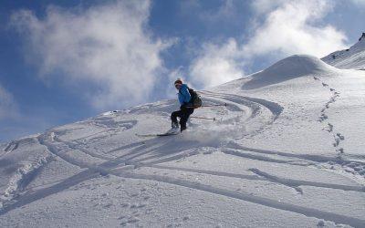 Hyra stuga i Dalarna för vinterns bästa skidåkning
